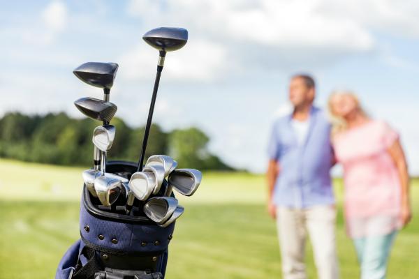 Golfschläger aus CFK haben viele Vorteile durch ihr geringes Gewicht