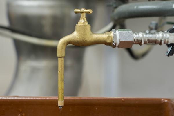 Probenahmehahn fuer Trinkwasser aus Messing