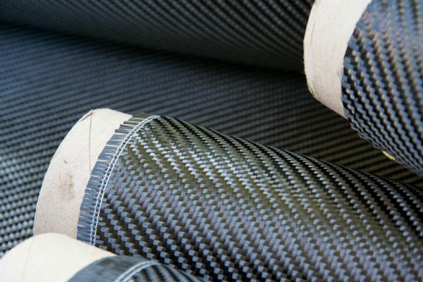 Gemeinsam mit Vliesmatten lässt sich recyceltes CFK weiterverarbeiten